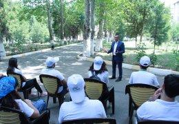 """KTN-nin sektor müdiri """"Sabahın kənd təsərrüfatı"""" yay məktəbinin iştirakçıları ilə görüşüb"""