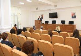 В АDAU стартовали следующие бесплатные курсы повышения квалификации.